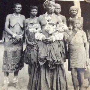 Le sorcier et ses femmes