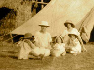 Kiambi, 1930-1940: Les missions